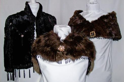 Display pics-2 Fox- Mink-Blk Fox-Blk Beaver Cape  12-4-08