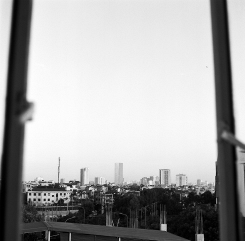 Viviann (V.) Le Nguyen, -- in between --, Ha Noi, Viet Nam, medium format (120MM) photograph, 18 x 14 in.